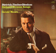 Dietrich Fischer-Dieskau Gerald Moore - Richards Strauss Songs / 19 Early Songs / The Complete Opp 10 15 & 17 Including Zueignung / Die
